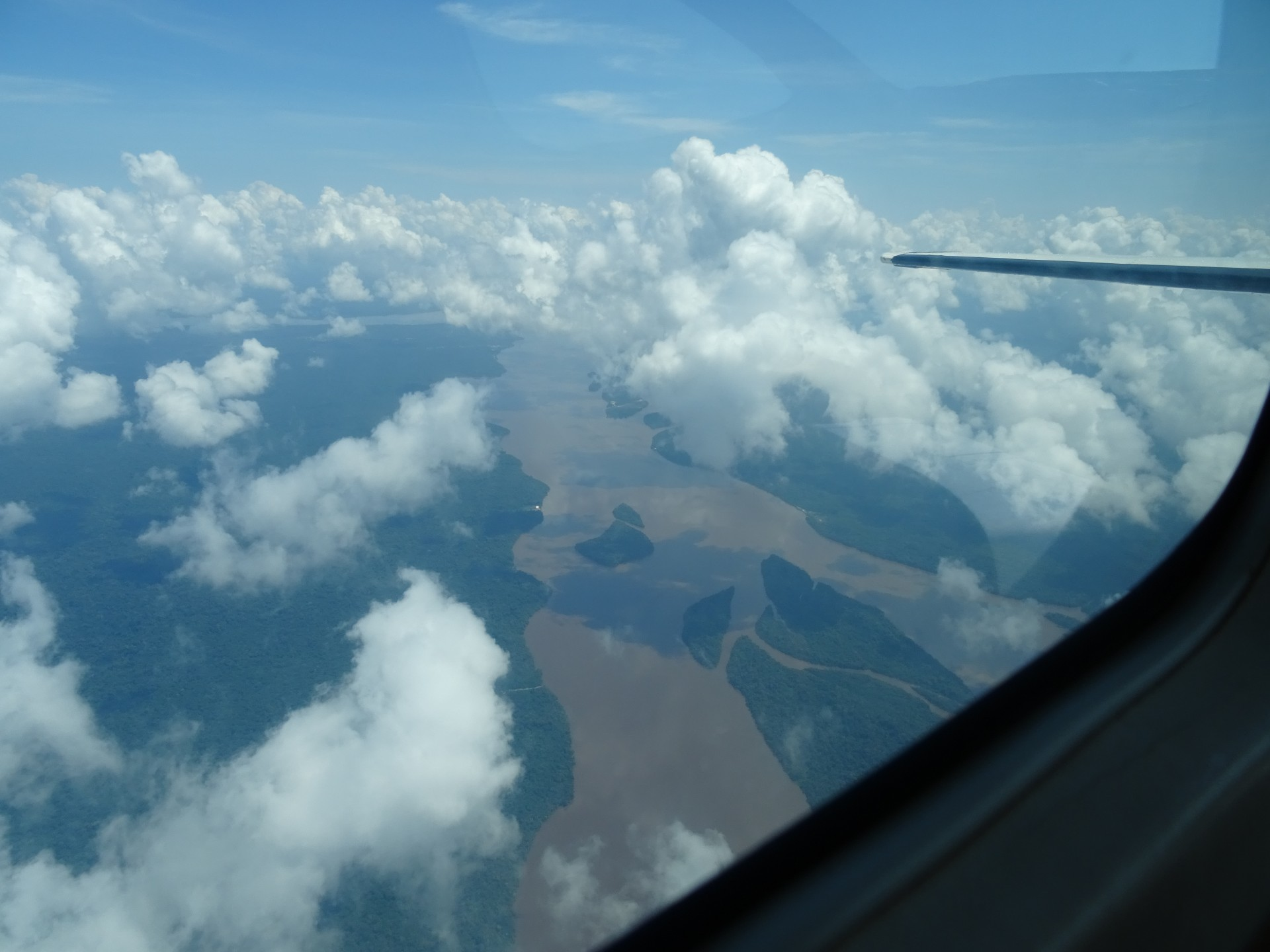 The Essequibo from the air. Pretty small as rivers go.