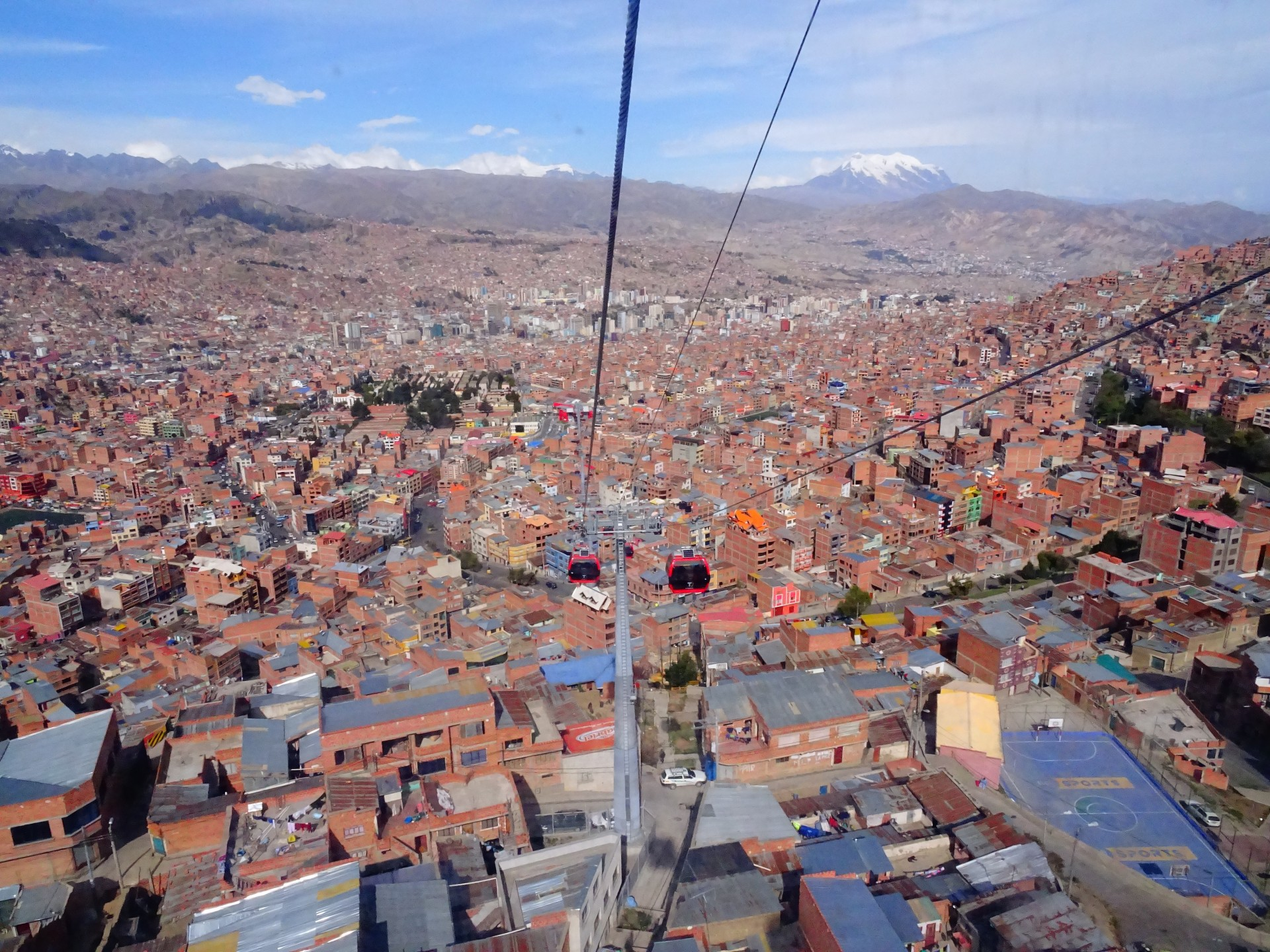 It's remarkably difficult to get all of La Paz in one photograph.