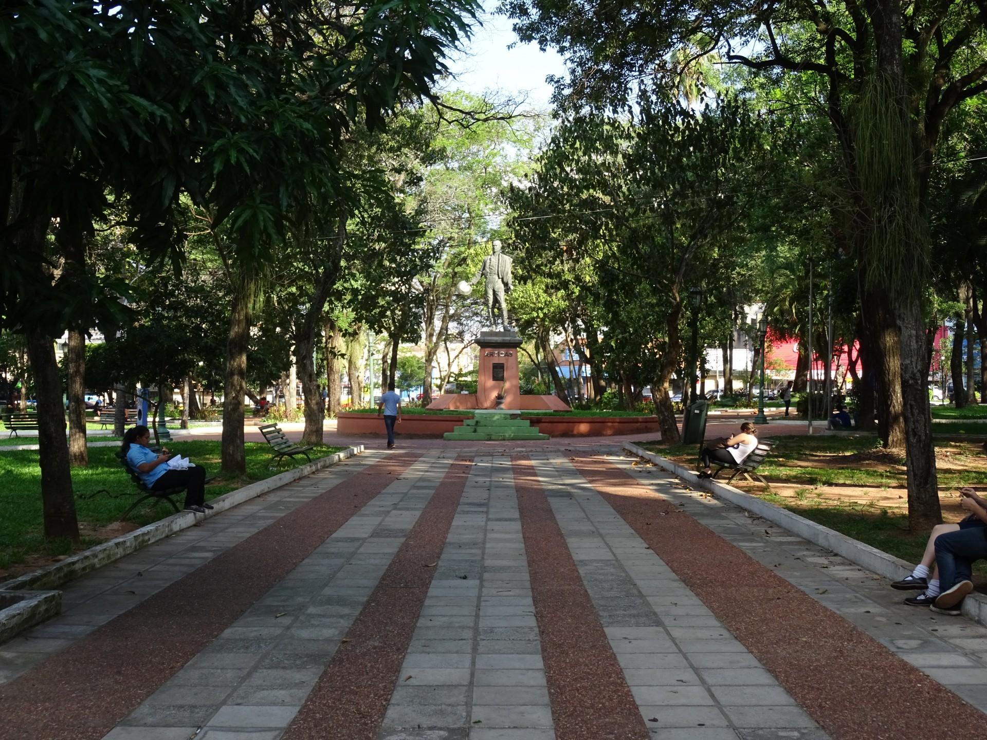 Plaza Uruguaya.