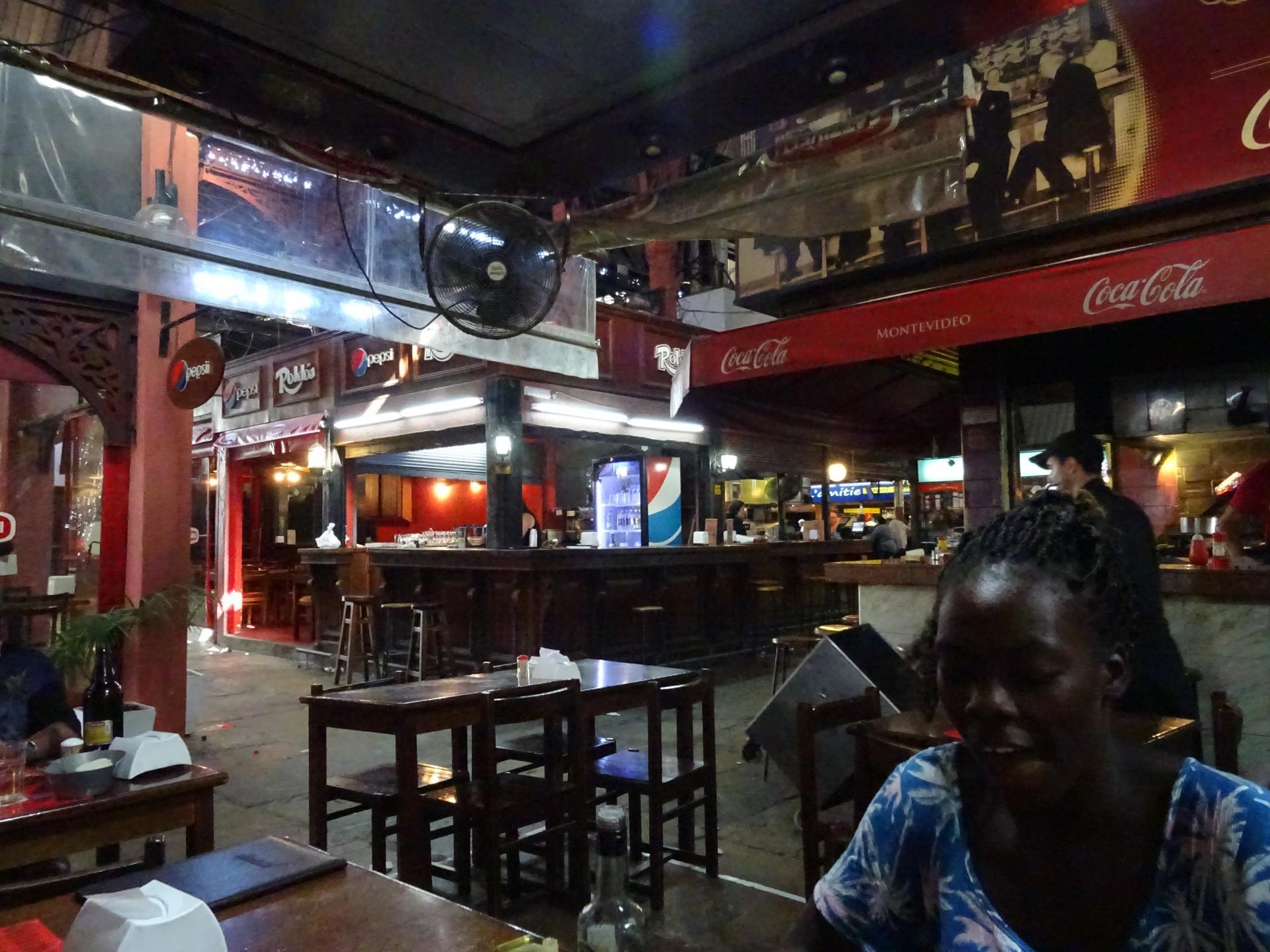 Asado in an empty market.